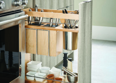 Knife Block Pull-Out Cabinet